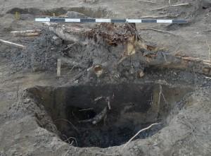 På en sjömansgrav planteras inga blommor – men i ett stolphål kan det växa ett träd!